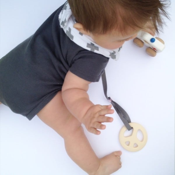 Toy Saver and Sophie Giraffe Harness - Natural cotton- Grey with Pink snaps