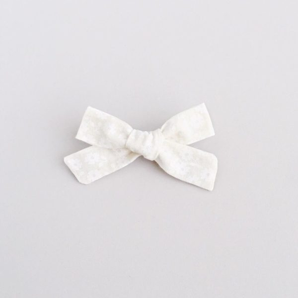 Frankie Bow - white daisy Clip style