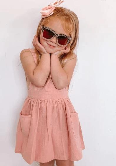 Linen dress front